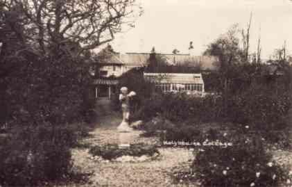 Holybourne-Cottage